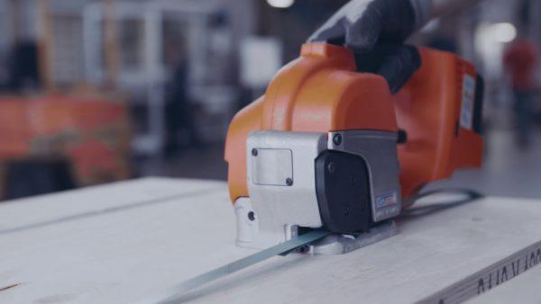 pret-aparat-bandat-pe-baterii-gt-smart