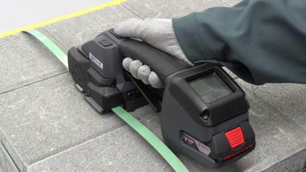 Pret-redus-aparat-de-legat-pe-baterie-Signode-BXT3